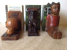 Lovely lot of wood bookends