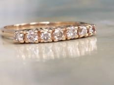 18 kt yellow gold women's ring with a total of approx. 0.40 ct of brilliant cut diamonds - Ring size: 18.50 - 18.75 mm.
