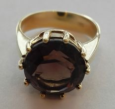 Wonderful 585/1000 14kt gold ring with beautiful facetted smoky quartz, ring size approx. 56 (17.8mm) approx. 8.26g