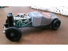 ERTL-modified - Scale 1/18 - Duesenberg SSJ Speedster 1936 - Inspired in Rat Rod Style - Handmade