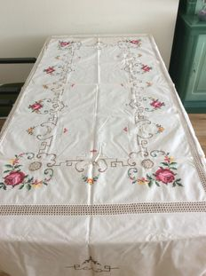 Tablecloth + 12 napkins, hand embroidered white cotton with flowers