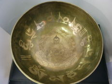 Large Tibetan singing bowl – Tibet – late 20th century