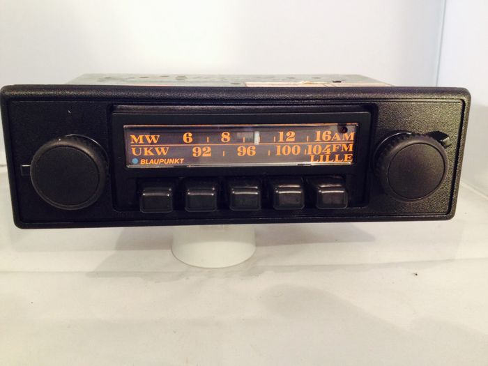 classic blaupunkt lille vintage car stereo 1970s for bmw volkswagen opel ford renault and. Black Bedroom Furniture Sets. Home Design Ideas