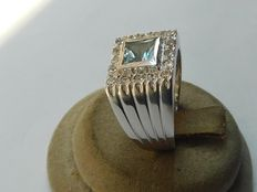 18 kt gold ring with topaz – Size 18.1 mm