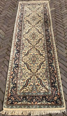Indo-Saruq runner, hand-knotted, India - 84 x 266 cm - Around 1980