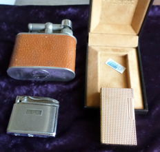 Batch of 3 vintage lighters of various brands - 1970s