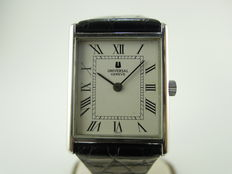 Universal Geneve Watch - Mid size - 1980