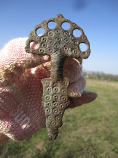 Early medieval falcon's slavic fibulae - 90 mm