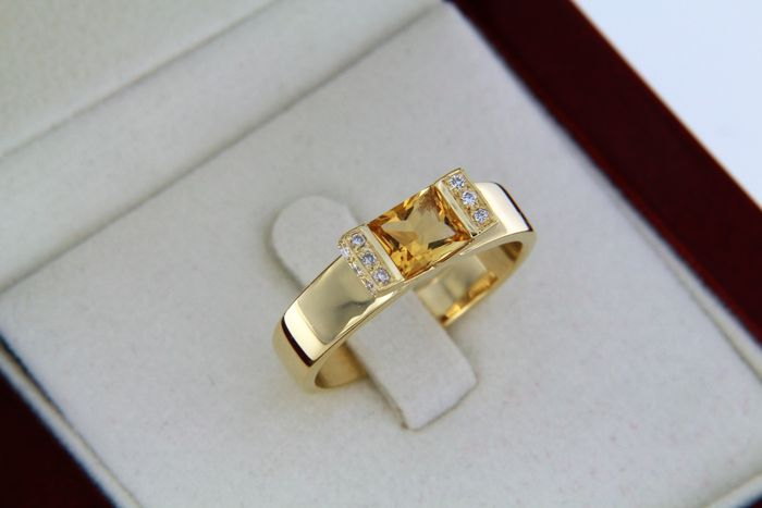 Bague OR 18 Carats Citrine et Diamants 0,02ct - taille 56