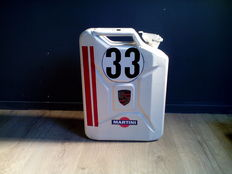 Jerrycan with logos of among others - Porsche - Martini - Mobil - Metal / 20 litres