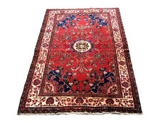 Remarkable Persian carpet: Bakhtiar 200 x 140 cm c. 1960!!!