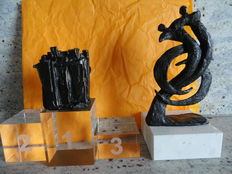 2 Beautiful, bronze sculptures on lovely bases