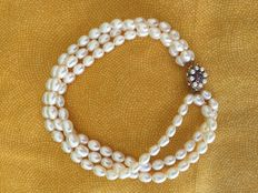 Freshwater cultivated white pearl choker with seed pearls, rubies and sapphire clasp, length - 35cm