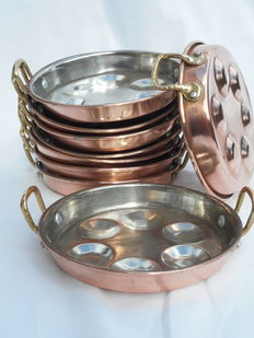 Nice lot of nine French copper oven trays with brass handles for snails _ ESCARGOTS _