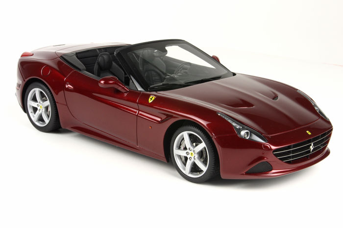 BBR - 1/18 scale - Ferrari California T - California red