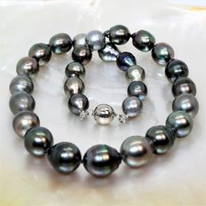 Baroque cultured Tahitian pearl necklace – Ø 10.5 × 13.2 mm – Magnetic 925 silver clasp