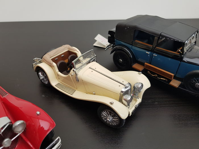 four franklin mint miniature cars scale 1 24 ca 1980 usa catawiki. Black Bedroom Furniture Sets. Home Design Ideas