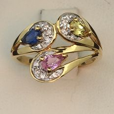 Ring in 750 gold, diamonds, sapphire, colour sapphires. Size 52.