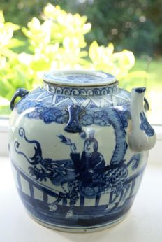 Porcelain rice jar with lid - China - second half 20th century