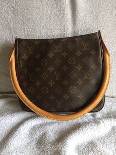 Louis Vuitton – handbag / shoulder bag