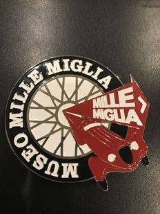 Classic Grill Badge Mille Miglia - with brown leather box