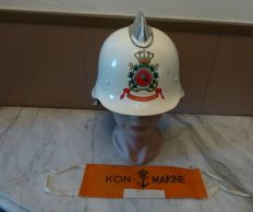 Marine Corps Fire Department helmet + bracelet Royal Navy