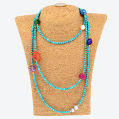 Yellow gold, 18 kt/750 – Long necklace with turquoises and other gemstones – Length: 145 cm