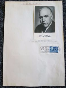 Signed photo of Niels Bohr - ca. 1958