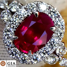 Unheated Natural 2.60 ct Red Ruby And Diamond Cocktail ring in 18 kt white gold – GIA Certified – Size 6.5 (US) -No Reserve