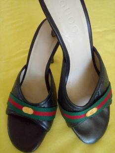 Gucci - Sandals with heels