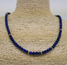 Necklace with 14kt gold closure and Lapis-Lazuli beads - 37,5cm