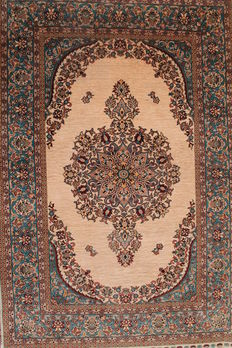 Very valuable hand-knotted silk carpet, Hereke, silk on silk, with medallion, SIGNED Hereke, fine 1,200,000 knots per square metre, 73 x 115 cm, unique piece
