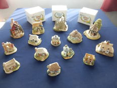 Collection of 14 houses by Lilliput Lane