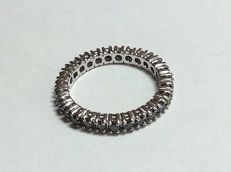Eternity ring in 18 kt white gold with black diamonds – Size: 15