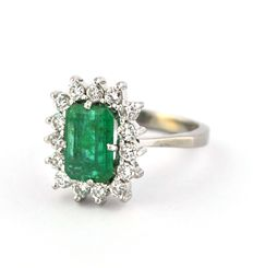 Emerald (2.00ct) & Diamond (0.70ct HI/I) set on 18K White Gold Ring - Size 53 resizable