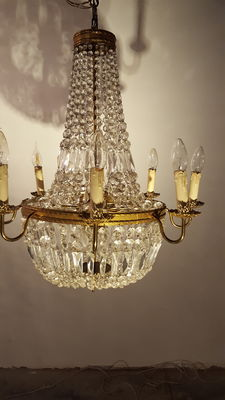 chandelier 'sac a perles', France, first half of 20th century