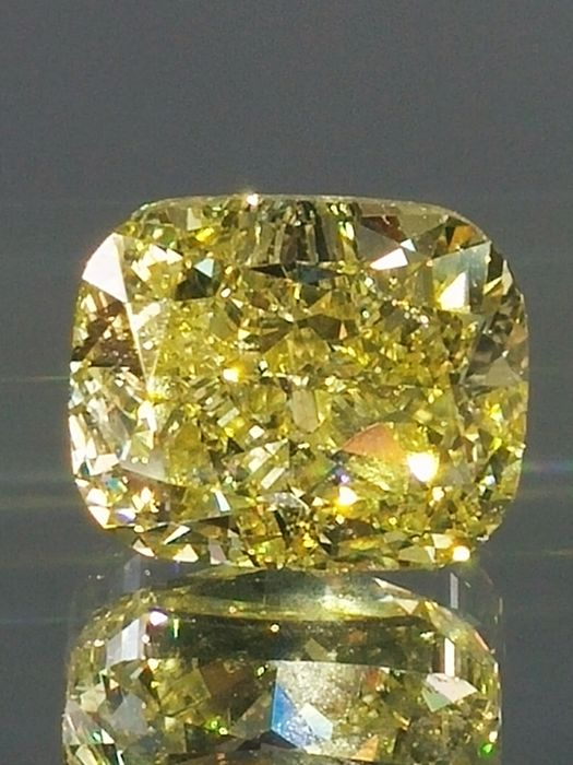 Natural Fancy Intence Yellow - 1.70 ct - Cushion Cut Shape   - VS2 clarity Loose Diamond  - IGL certified - Laser inscription -Original Image