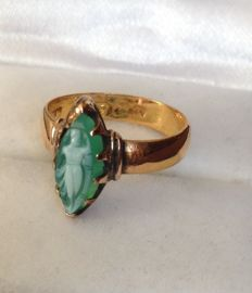 22kt Rose Gold Green Cameo Ring