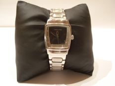 Hamilton Everest -- women's watch -- in perfect condition -- year 1995