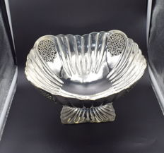 Designer  sterling silver fruit bowl   International hallmarked 925