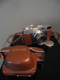Splendid and rare vintage Olympus Auto camera with G. Zuiko 1.8 f = 4.2 lens