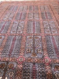 Hand-knotted Persian carpet – 124 × 210 cm – Iran