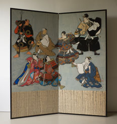 Two-panel folding screen (byōbu) with multicoloured painting of samurai, noblemen and ladies – Japan – circa 1920 (Taisho period)
