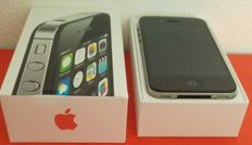 Apple Iphone 4S 8GB Black in original box