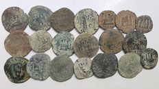 Spain - Catholic Monarchs - Lot of 20 coins, 8 and 4 Maravedis in copper (1474-1504)