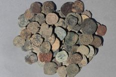 Spanish middle age collection 106 bronze coins - 418 g