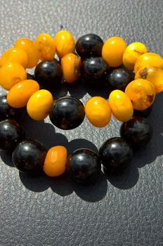 Two bracelets: 100% natural Amber  + gagat (Black amber, tears of the dragon), 45.6 grams
