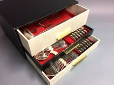 Silver plated cutlery for 12 persons, classic design, total of 130 pieces, ca. 1955