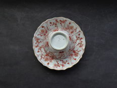 Cup and saucer, milk and blood - China - early 18th century (Kangxi period).