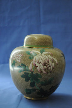 Special cloisonné vase with lid - China - second half of the 20th century